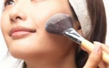 Aprenda Passar o Blush Corretamente e Cor Ideal Para Cada Tipo de Pele