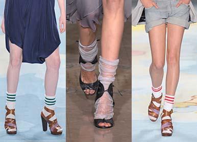 Moda Para 2011 – Meia Com Sandália