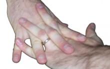 Estralar Os Dedos é Prejudicial Á Saúde