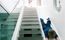 Escadas Com Escorregadores