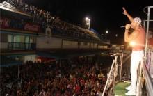 Grupo Parangolé Fecha Bloco Para o Carnaval de 2011