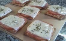 Mini Pizza De Biscoito – Receita Caseira