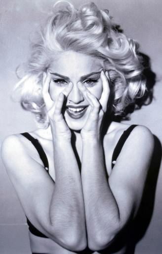 Lançamento Madonna 2012 – Perfume Truth Or Dare