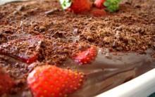 Delícia de Chocolate e Morango – Receita Simples