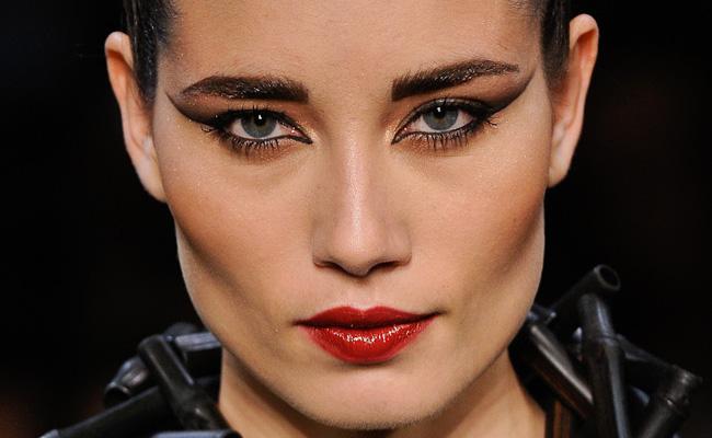 Tendência em Maquiagens Para o Inverno de 2012