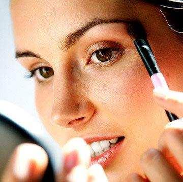 Truques de Maquiagem para Valorizar o Rosto – Vídeo, Dicas
