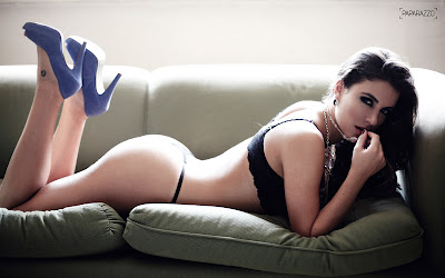 Ensaio Sensual Laisa Ex BBB12 Revista Paparazzo- Fotos, Vídeos