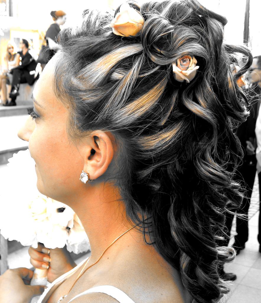 Penteados Para Noivas 2012 – Modelos e Tendências