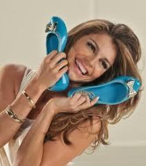 Coleção de Calçados Azaléia
