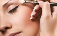 Maquiagem Para Disfarçar o Inchaço no Rosto – Dicas