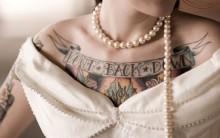 Vestidos de Noivas Para Mulheres Tatuadas – Dicas, Modelos, Informações