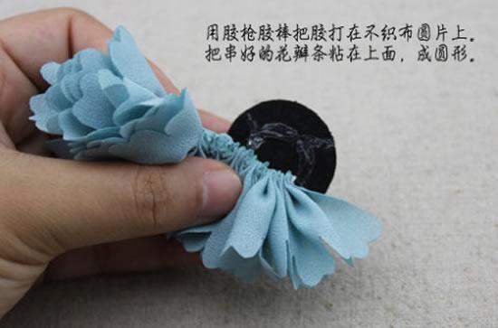 como-fazer-flor-de-tecido-4