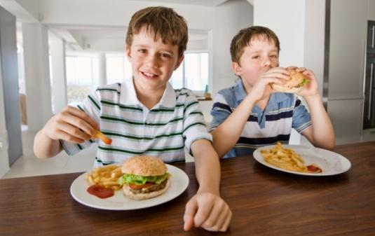colesterol-alto-crianças
