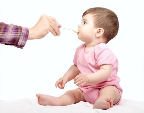 Dicas de Quando Introduzir Alimentos Sólidos na Dieta dos Bebês – Ver tabela de Alimentação