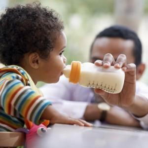 Saiba Escolher a Mamadeira Correta Para Seu Bebê – Dicas, Informações (1)