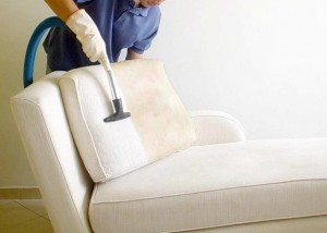 como-limpar-sofá-de-tecido-dicas-de-limpeza-de-estofados