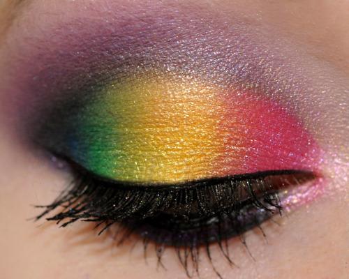 Maquiagem Coloridas Para Usar A Noite – Dicas