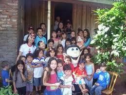 varias crianças