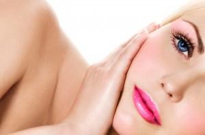 Óleo-de-amêndoas-hidrata-a-pele-e-recupera-o-cabelo
