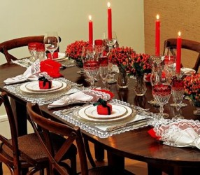Como-decorar-a-mesa-para-almoço-especial-entre-família