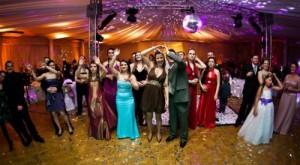 festa-casamento-banda-ou-dj