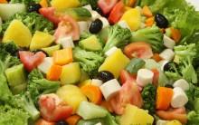 Saladas Prontas – Quais os Riscos Que Trazem a Saúde