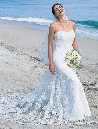 Vestidos de Noivas Para Casamento na Praia Tendências 2013 – Fotos e Dicas