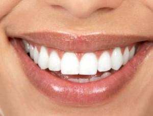 alimentos que escuredem os dentes