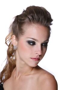 penteados-com-topete-feminino-23