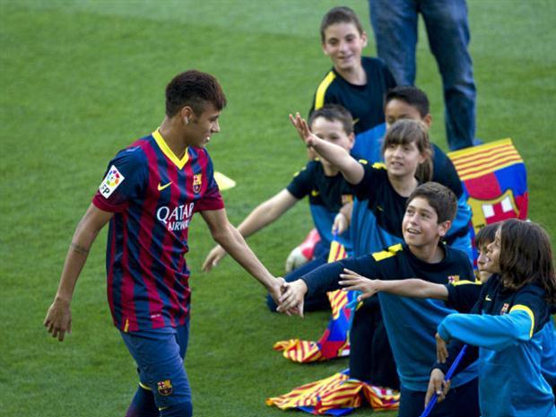 Barcelona-Neymar-Apresentação