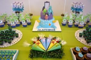 Decoração de festa infantil Monstros SA 7