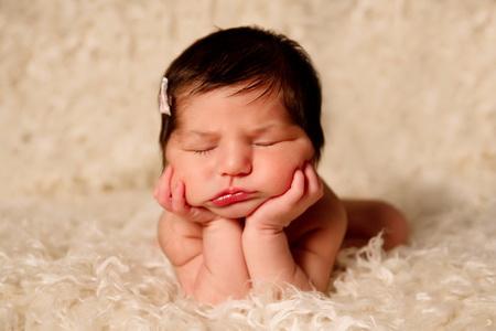 Como Cuidar do Umbigo dos Bebês Recém-Nascidos – Dicas como Limpar, Cicatrização