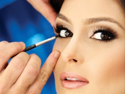 Maquiagem Para a Noite – Como Fazer Passo a Passo, Vídeo