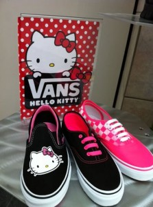 hello_kitty_vans_shoes
