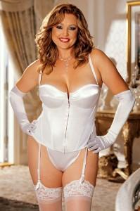 valentine-day-plus-size-lingerie1