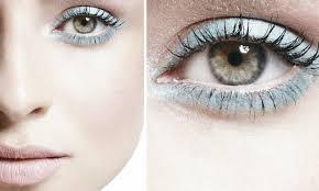 Maquiagem Com Lápis Claro nos Olhos – Como Fazer Passo a Passo