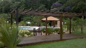 Decks-de-madeira-para-áreas-externas-1
