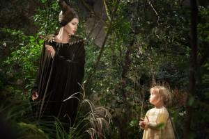 Lançamento do Filme Malévola com Angelina Jolie  2014