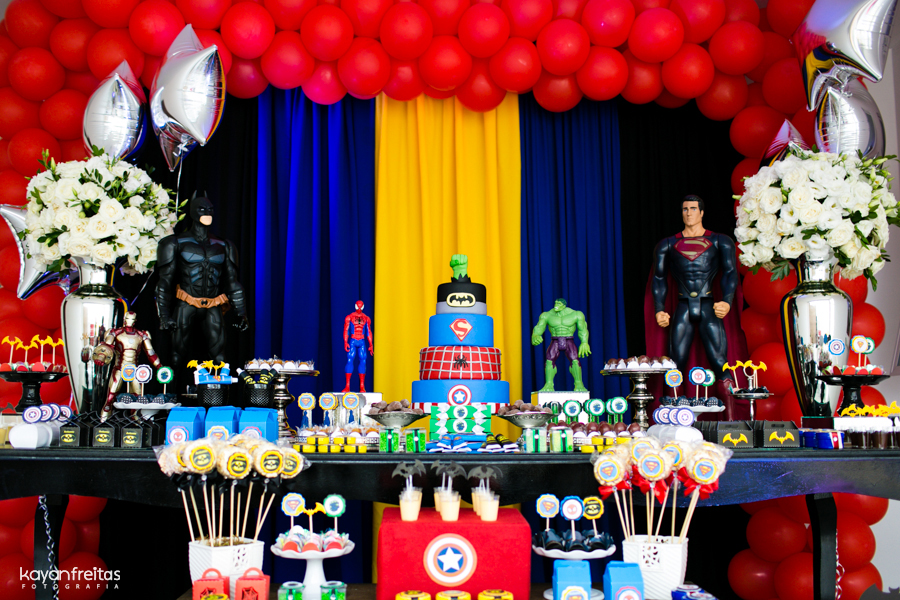 Festa de Aniversário Infantil Tema Super-Heróis – Ver Fotos