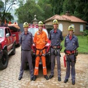 curso-de-bombeiro-voluntario-vale-do-itapocu-2015