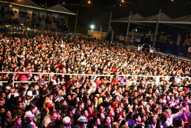 Público-lotou-a-arena Festival